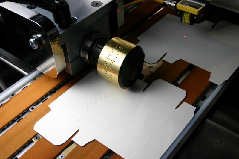 چاپ برجسته بریل بر روی بسته بندی