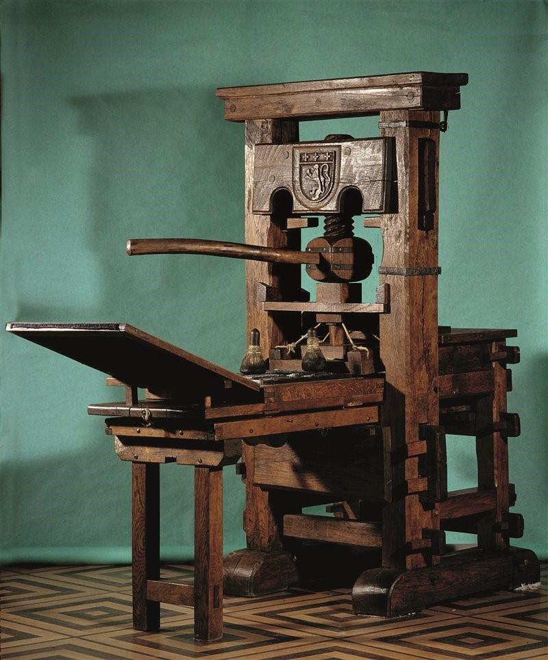 اختراع اولین ماشین چاپ